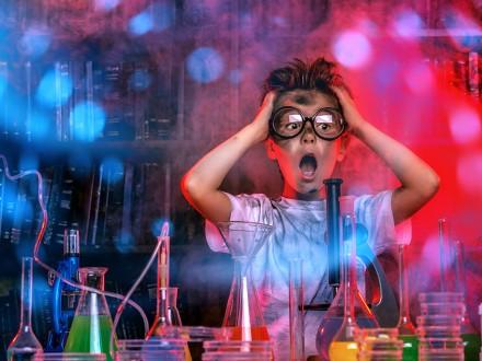 Teadusteater Teletornis: Hullumeelse professori labor